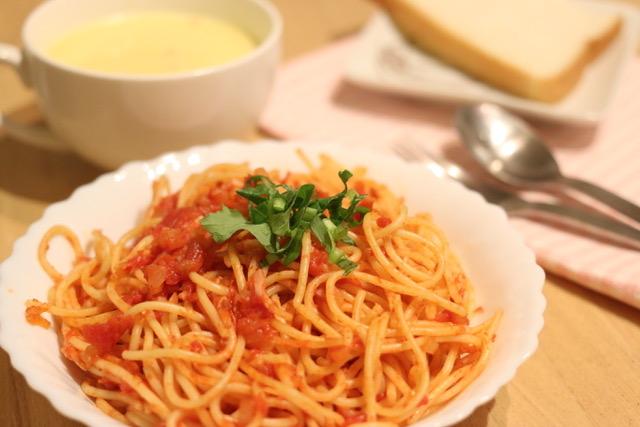 トマトソースで時短スパゲティー[簡単レシピ]