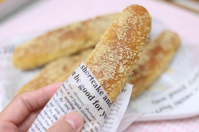 懐かしい給食の揚げパンの作り方☆簡単にできるフライパンレシピ