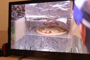 ダンボールで手作りオーブン!ピザ生地作りのコツ[2020.11.27]